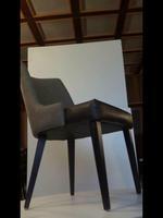 дървени кресла за ресторанти с разнообразни размери
