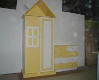 Гардеробчета във формата на къщичка