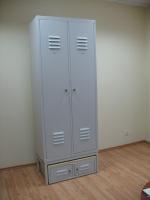 шкафове метални